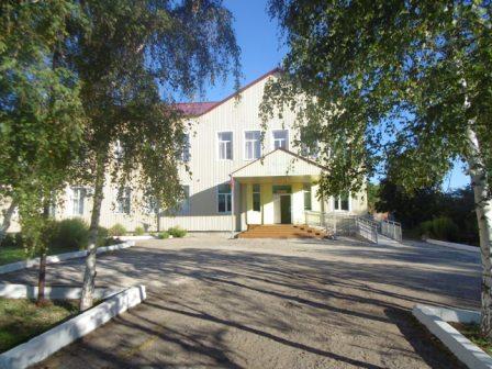 http://tatarinoshool.ucoz.com/shkola/shkola_vkhod.jpg